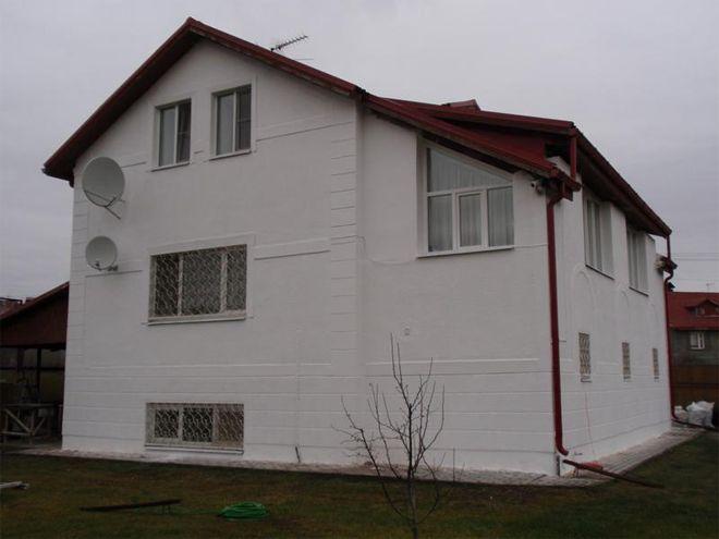 ZHidkie-utepliteli-dl-yachastnyh-domov